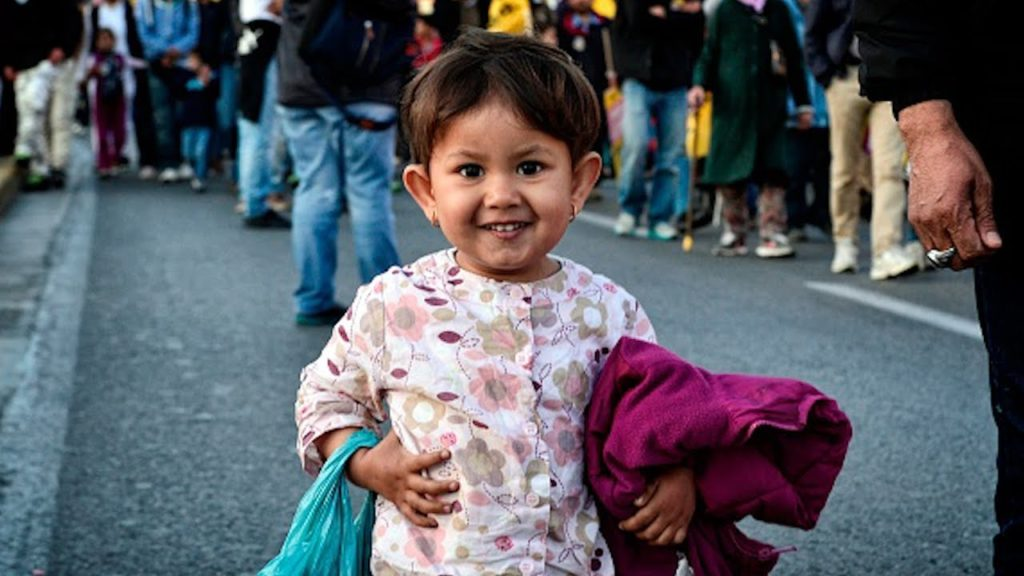 Фото девочки беженца