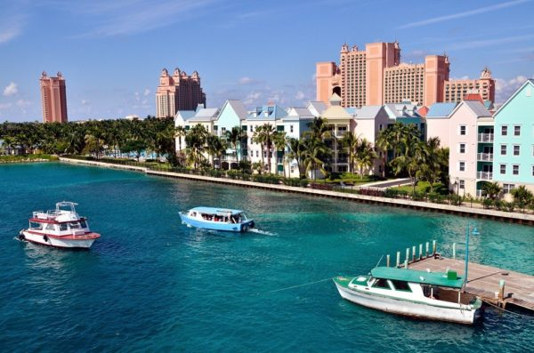 Жизнь на Багамах